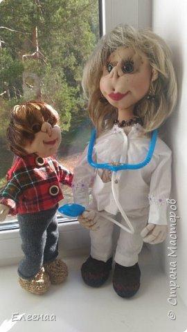 Здравствуйте дорогие мастерицы!давно не выставляла кукол,занималась плетением из газетных трубочек фото 1