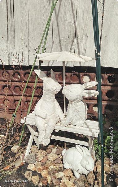 Вот такую скульптуру в свой сад я соорудила! Была поставлена задача использовать материал, который не боится плохих погодных условий. Замучив всех различными вопросами и перешерстив инет, решила остановиться на смеси цемента с песком фото 8