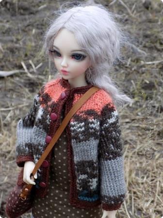 Да-да, именно готовимся (несмотря на то, что через полмесяца будет лето) у нас весна еще не наступила))) Сначала казалось, что вот она - весна, с каждым днем все теплее и Мишутка даже сменила теплую парку на свитерок