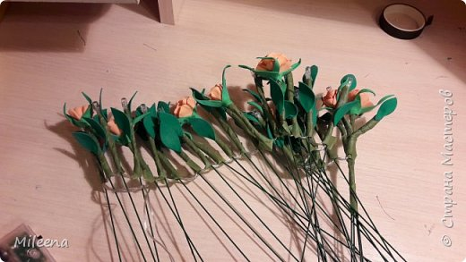 Всем привет!!!! Я к Вам со своим новым деревом ))) Сделала его из гирлянды с цветочками из фома. фото 5