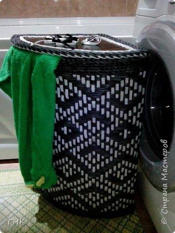 Здравствуйте, дорогие мастера. Сегодня у меня крупногабариты.  Узенькая корзина для белья в небольшую ванную комнату. фото 5