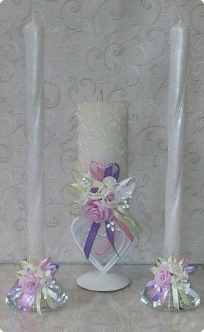 Здравствуйте! Сегодня хочу вам показать набор для  свадьбы в пастельных тонах. Нам с напарницей поступил заказ на свадебные аксессуары. Так как невеста должна быть в платье цвета айвори, основными цветами были айвори, розовый и лаванда.  Итак...  Набор для церемонии со свечами. фото 1
