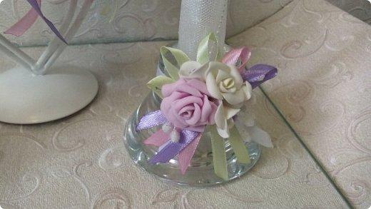 Здравствуйте! Сегодня хочу вам показать набор для  свадьбы в пастельных тонах. Нам с напарницей поступил заказ на свадебные аксессуары. Так как невеста должна быть в платье цвета айвори, основными цветами были айвори, розовый и лаванда.  Итак...  Набор для церемонии со свечами. фото 3