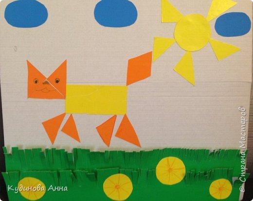 Вот такую улитку и кошечку решили мы изобразить с моими детками из геометрических фигур. )))  Старший сынок (4 года) старательно вырезал фигурки, которые мог, и травку. А младший приклеивал (2 года). :-)  фото 2