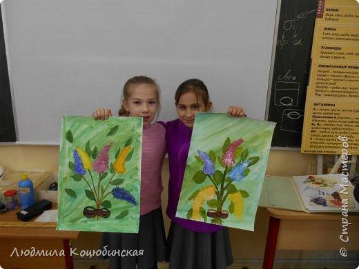 На кружке «Веселые ладошки» с педагогом Коцюбинской Л.А., дети рисовали не стандартным способом сирень Победы . Вот ,что получилось: фото 4