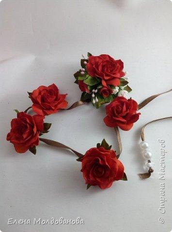 Розы на ленте фото 1