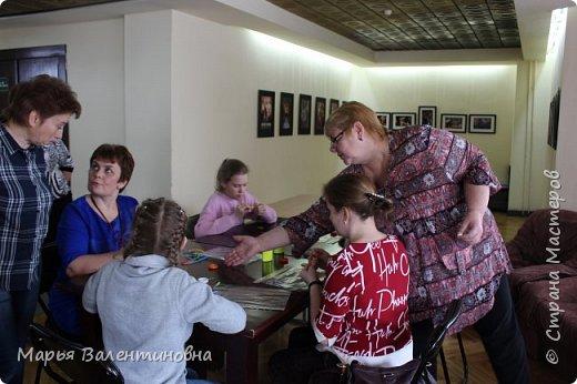 День мы начали с осмотра местных достопримечательностей))) К обеду прибыли к театру, где попали под очарование  вот таких вот народных инструментов . фото 15