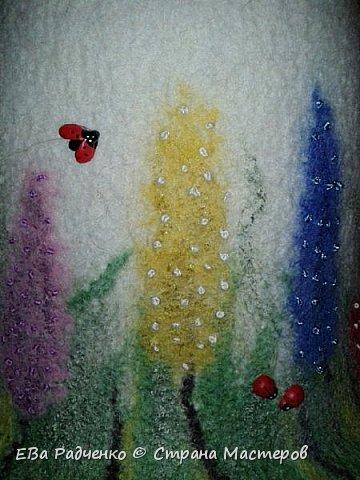 Шапочки сваляны из 100% шерсти. Мокрое валяние. В декоре использованы волокна вискозы. фото 3