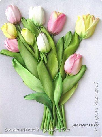 Добрый день СМ! Вот и у меня расцвели запоздалые тюльпаны! У нас на клумбах, они уже давно отцвели, а я только вдохновилась просмотрев работы Прекрасной вышивальщицы Ксении белых. Что у меня получилось судить вам. фото 7