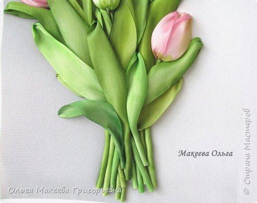 Добрый день СМ! Вот и у меня расцвели запоздалые тюльпаны! У нас на клумбах, они уже давно отцвели, а я только вдохновилась просмотрев работы Прекрасной вышивальщицы Ксении белых. Что у меня получилось судить вам. фото 6