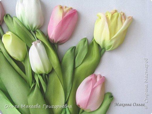 Добрый день СМ! Вот и у меня расцвели запоздалые тюльпаны! У нас на клумбах, они уже давно отцвели, а я только вдохновилась просмотрев работы Прекрасной вышивальщицы Ксении белых. Что у меня получилось судить вам. фото 3