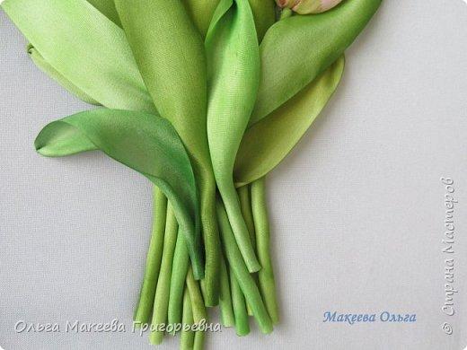 Добрый день СМ! Вот и у меня расцвели запоздалые тюльпаны! У нас на клумбах, они уже давно отцвели, а я только вдохновилась просмотрев работы Прекрасной вышивальщицы Ксении белых. Что у меня получилось судить вам. фото 4