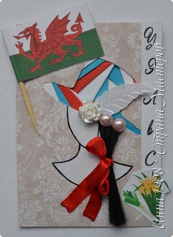 """Доброго времени суток, уважаемые мастерицы! Предлагаю вниманию участников Совместника-3 """"Вкусная география"""" http://stranamasterov.ru/node/1087039?c=favorite серию АТС «Соединенное Королевство». Как известно, Великобритания (Соединенное Королевство) объединяет 4 государства: Британия, Северная Ирландия, Шотландия и Уэльс. На карточках отображены герб, флаг и символы этих государств.  Шляпки выполнены в технике айрис фолдинг. фото 3"""