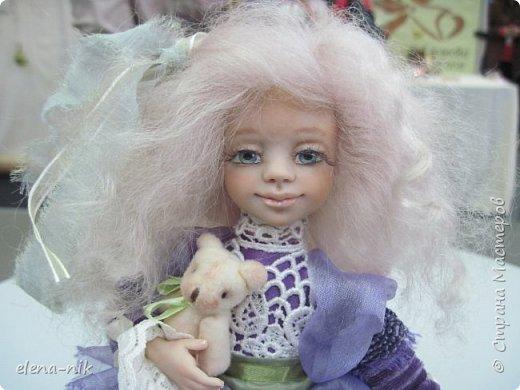 Нормальные  люди в 12 ночи уже спят. Но у меня сегодня был день впечатлений, поэтому не спится и решила  вам показать некоторые куклы, да и не только куклы, которые я сегодня увидела на выставке.  фото 26