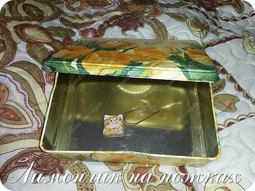 Подарок на день рождения любимой тети - рукодельный набор: шкатулка для рукоделия, маячок для ножниц и игольница. фото 6