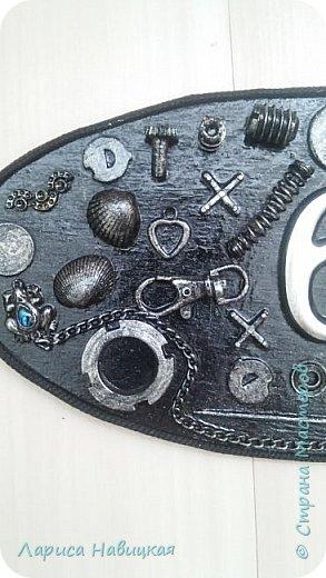 После того,как я сделала себе номерок на дверь,моим детям срочно понадобились такие же))) Сделала,только в серебре. фото 6