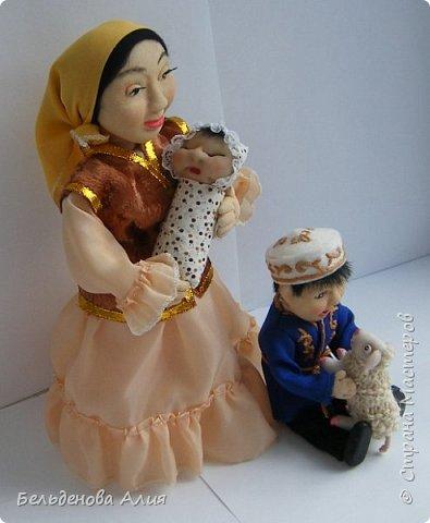 Мамаша с детьми. фото 1
