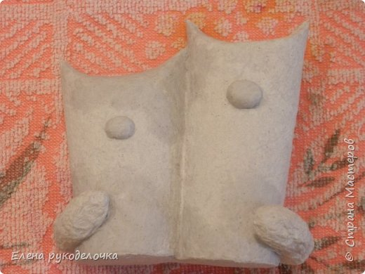 Продолжаю утилизировать рулончики от ТБ и бумажных полотенец. Кошечка сделана из рулончика от ТБ, а котик из рулончика от бумажного полотенца. Здесь можно посмотреть сову и ёжика  http://stranamasterov.ru/node/1097944 . фото 8