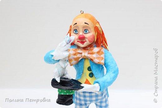 Вот такое трио моих ватных клоунов обрело дом.Теперь они живут в Москве в большой коллекции клоунов. фото 4