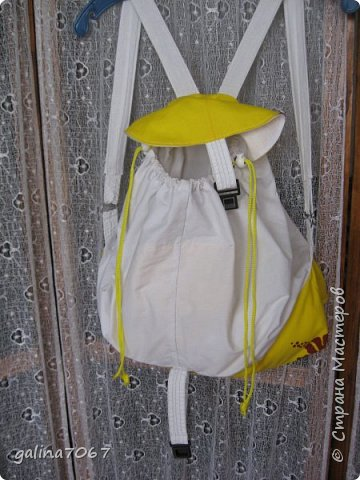 вчера приготовила подарочек двойняшкам, которым исполняется по 3 годика: Пашеньке и Златушке - это рюкзачки для прогулок и в них дети будут ложить свои игрушки или еще чего осталось наполнить рюкзачки гостинцами и подарить  фото 8