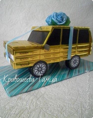 Вот такая получилась машина. Я делала её по образцу автора NATALI_69  http://stranamasterov.ru/node/359985?c=favorite  Делала на день рождения мальчика, которому исполнилось 13 лет.  фото 2