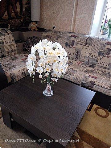 Букет белых орхидей из полимерной глины фото 1