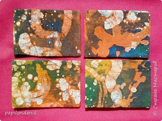 """Здравствуйте. Позвольте показать результаты моих экспериментов в горячем батике.  Очень понравилось возиться с парафином и красками для ткани.  Правда , потом голову поломала, как это все оформить в карточки... Получилась небольшая серия АТС из ткани -  """"Небо и земля"""". фото 15"""
