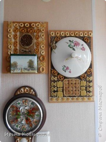Кусочки досок, оставшиеся при сборке кухонной мебели превратились в 2 панно для кухни. фото 1