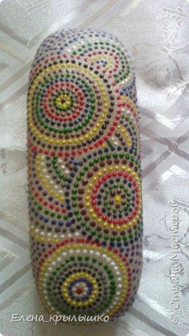 Первая роспись точечками,чехол для очков,использовала контур по стеклу и керамике DECOLA (Санкт-Петербург) фото 1