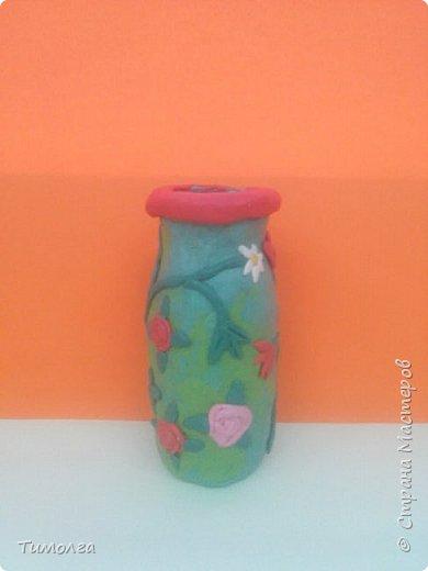 """На основе баночки от """"имунеле"""" ребята изготовили вазочки для мам на 8 Марта. Фантазия ребят безгранична. У каждого получилась своя неповторимая вазочка. фото 3"""