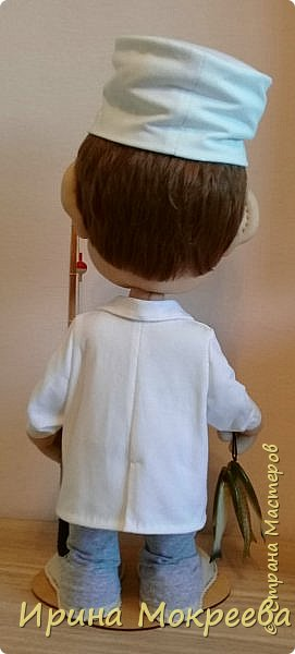 Выношу на ваш суд новую куклу - подарок хирургу , любителю рыбалки . фото 5