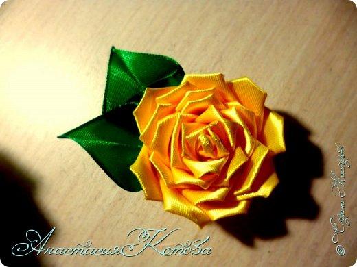 Доброго времени суток, дорогие друзья)  Сегодня я хочу рассказать вам, как сделала розу из лент. На создание одной розы у меня уходит 30 минут. фото 19
