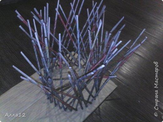 В прошлом году вырастила тыквы лагенарии. Разрезала тыкву, просверлила отверстия, оплела.   фото 16