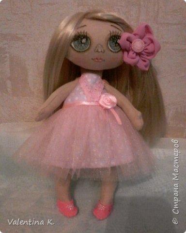 Здравствуйте!!! С недавних времён заболела шитьём кукол, как это интересно оказывается, каждая милашка получается такая разная со своим характером. Приятного всем просмотра и хорошего настроения, ведь скоро лето!!! фото 7
