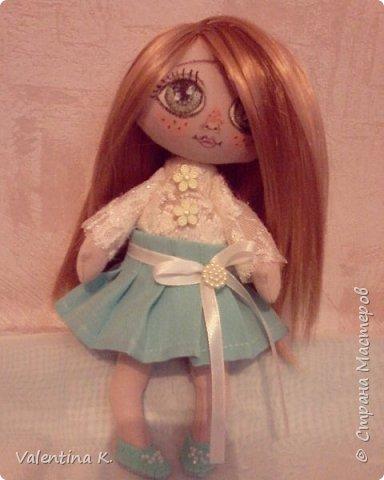 Здравствуйте!!! С недавних времён заболела шитьём кукол, как это интересно оказывается, каждая милашка получается такая разная со своим характером. Приятного всем просмотра и хорошего настроения, ведь скоро лето!!! фото 9