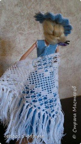 Платье во французском стиле. Для изготовления подразумевались нитки мулине DMC, но отлично подошла х/б пряжа Денди хорошего кручения фирмы Камтекс из импортного хлопка. По цене материалов вышло в 2,5 раза дешевле (ушло 330 метров голубой пряжи, около 300 метров белой ). фото 3