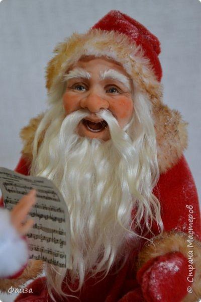 Должен же быть и у Деда Мороза такой праздник. По такому случаю споем песню)))) Все выполнено вручную. фото 5