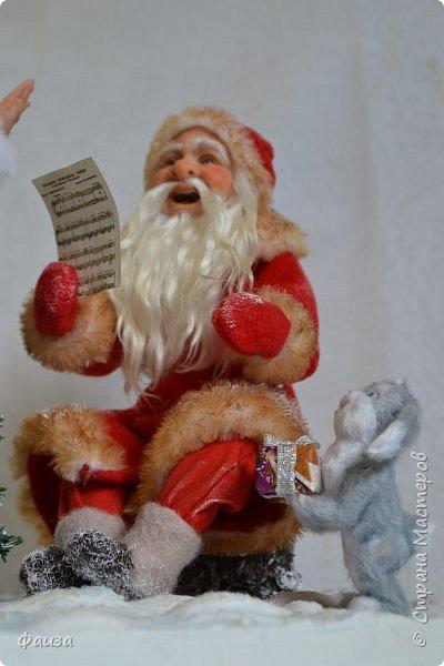 Должен же быть и у Деда Мороза такой праздник. По такому случаю споем песню)))) Все выполнено вручную. фото 6