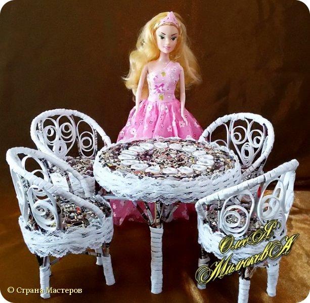 Здравствуйте! Скоро у моей племашки-крестницы День рождения. Ей исполнится 6 лет. И вот такой подарок подготовила ей на этот раз ее крестная. Конечно это не карета из тыквы, бальное платье и хрустальные башмачки, а всего лишь кукольная мебель))) фото 4