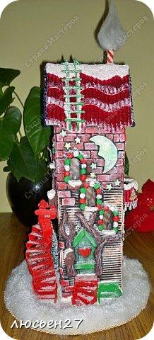 Зимой один магазин для хобби устраивал Рождественский конкурс поделок. Нужно было сделать любую поделку на Новогоднюю тему. Я сделала домик-светильник и заняла 1-ое место ))) фото 4
