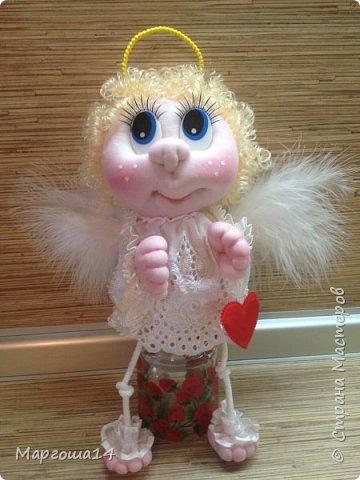 Привет,Страна Мастеров! Сшила несколько ангелочков по МК Елены Лаврентьевой. Это самый большой - 18 см (без ножек). Крылышки из декоративных перьев. фото 3
