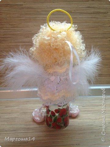 Привет,Страна Мастеров! Сшила несколько ангелочков по МК Елены Лаврентьевой. Это самый большой - 18 см (без ножек). Крылышки из декоративных перьев. фото 4