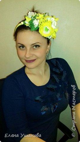 Ободочек яркий и летний с ранункулюсом и цветочками фото 6