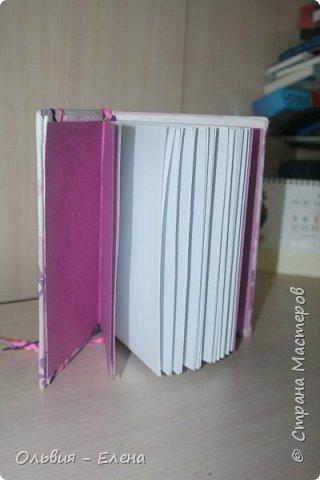 Всем добрый день!!! наконец - то я сфотографировала Кристинины записные книжки, их у неё уже 5 , шестая в процессе изготовления фото 3