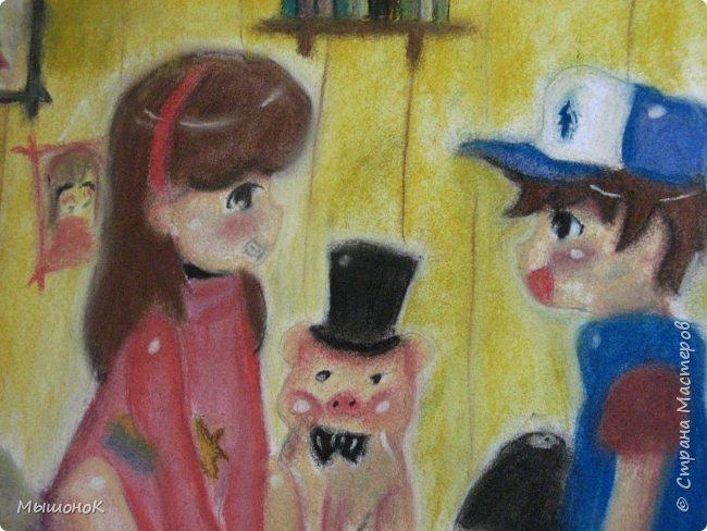Ну, вот такой рисунок у меня получился!  Рисовала по просьбе младшего братика, который обожает этот мультик. Героев решила нарисовать в стиле аниме, чтоб интереснее было :)))  Рисовала по памяти. картинки не было. Так что за недочеты извиняйте :D  Рисунок выполнен сухой пастелью. фото 3
