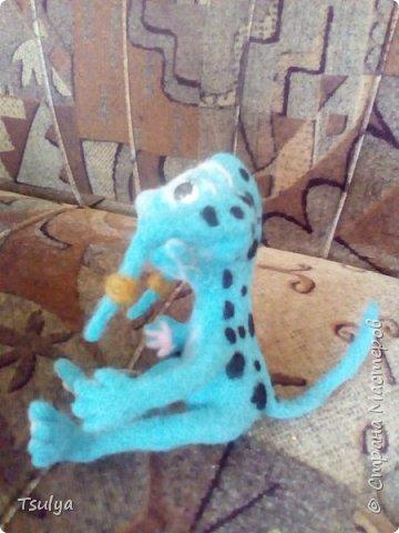 Бедокур. Игрушка создана из шерсти методом сухого валяния. По мотивам творений Олега Роя о Джингликах и Бедокуре. фото 4
