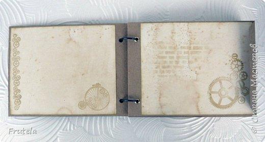 Винтажный альбом размером 14х20 .Основа выполнена из конвертов(туда помещается достаточное количество фото), фоновая бумага состарена и отштампована. фото 5