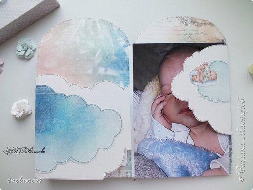 Вот и закончила я детский альбомчик,сделанный по МК Елены Виноградовой. Долго ждал своего часа, и дождался! Самые драгоценные моменты  малыша уютно займут свое место в этом детском именном альбомчике-конверте. фото 10