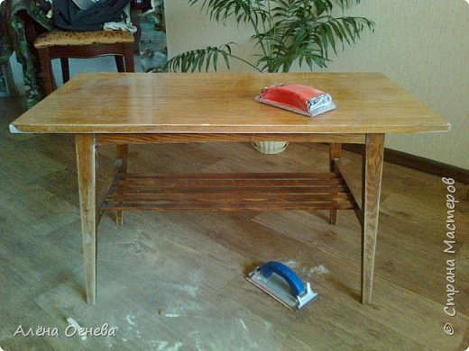 Кофейный столик РЕТРО , стиль ВИНТАЖ . Имитация бронзовой ковки и чугунного литья . фото 11