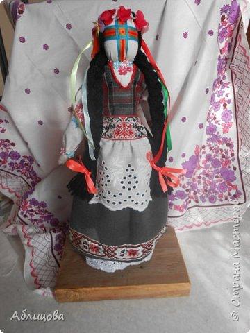 """кукла-мотанка"""" Украиночка была изготовлена внукам в школу в тематический уголок."""